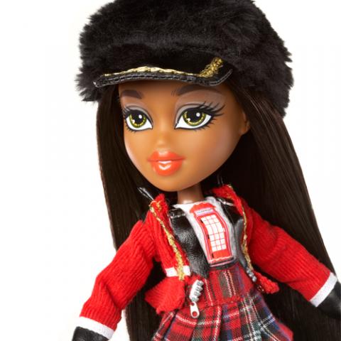 Bratz Study Abroad Doll Sasha to UK  AGE 5+